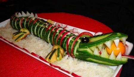 Оформляем праздничные блюда.