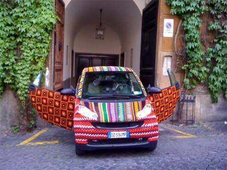 66933457_1290444704_crochet_car_02